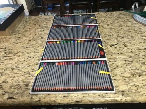 150 Colored Pencils Stile